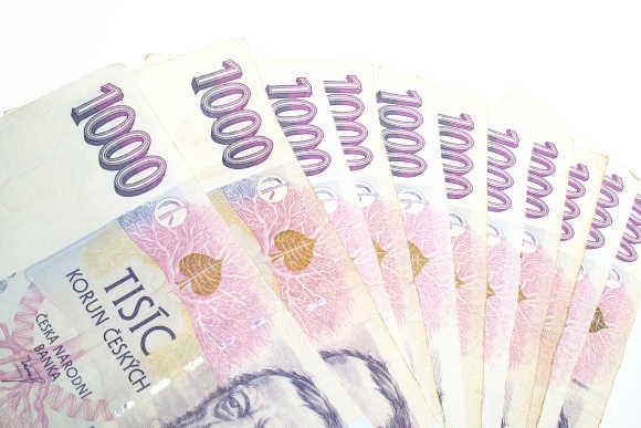Půjčka Everyday Plus nabízí úvěrový limit až do 50 000 Kč. Peníze můžete mít ještě dnes a použít je na cokoliv chcete. U první půjčky můžete dostat částku do 5000 Kč. Platíte jen minimální měsíční splátku. Při pravidelném splácení se vám úvěrový limit zvyšuje do 50 tisíc korun.